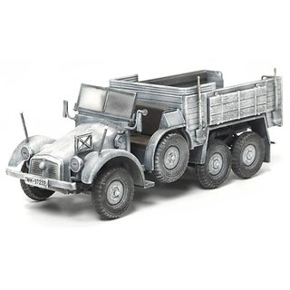 Dragon Models 1/72 Kfz.70 6x4 Personnel Carrier (Winter)