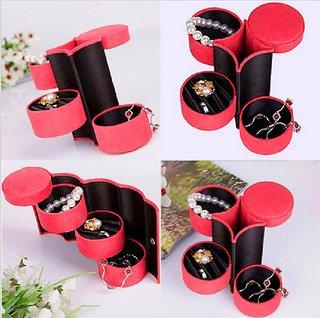Round Velvet 137.513 cm(LBH) Jewellery Box with 3 Compartments