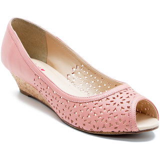 Red Tape Women's Pink Bellies