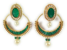 elegant high quality green stones and pearl earrings