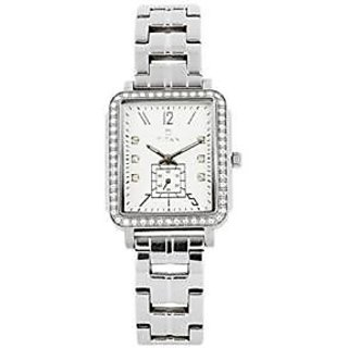 Titan Analog White Round Watch -95042SM01