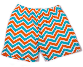 Zigzag stripe printed infant girls shorts