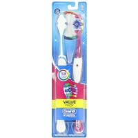 Oral-B Complete 5 Way Clean Medium Toothbrush 2 Count (Colors May Vary)