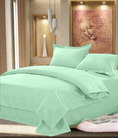 AS Beautiful looking Plain Design 100  cotton solid Double Bed sheet with 2 pillow covers - Green