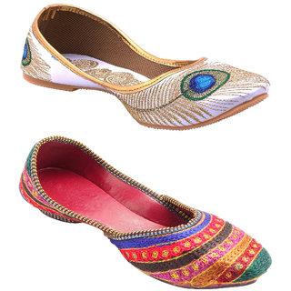 TACTIC Women's Multicolor Mojari