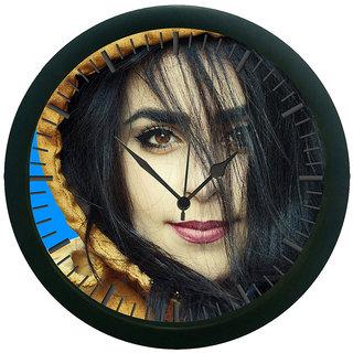 meSleep Girl 3D Wall Clock (With Glass)