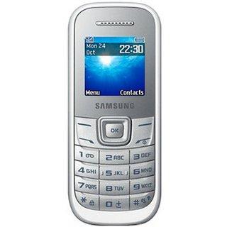 Samsung E1200 Mobile Phone (White)