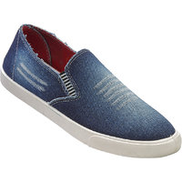 Walkaroo White Color Loafers For Men