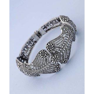 Voylla Cut-Out Detailing Cuff Bracelet