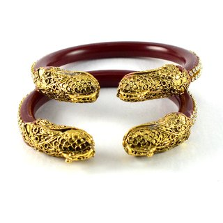 Exclusive bangles red