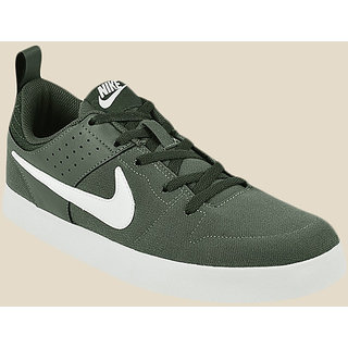 7c7d0067b Buy Nike 669593-301 Green Running Sports Shoes Online - Get 33% Off