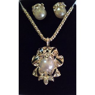Aanya PEARL Pendant necklace with earring SIVER COLOUR (SKU CODE J6260/3 silver)