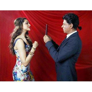 MYIMAGE Shahrukh Khan with Deepika Padukone Digital Printing Canvas Cloth Poster (Canvas Cloth Print, 12x18 inch)