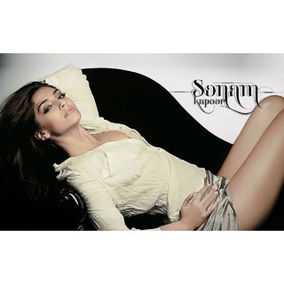 MYIMAGE Bollywood Actress Sonam Kapoor Digital Printing Canvas Cloth Poster (Canvas Cloth Print, 12x18 inch)