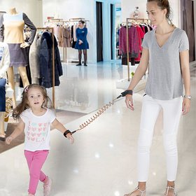 Anti-Lost Wrist Link/Strap/ Leash For Toddlers  Kids Safety