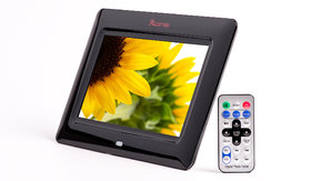XElectron 7 Inch Digital Photo Frame with Remote