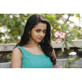 MYIMAGE Tamil Actress Bhavana Poster (Canvas Cloth Print, 31cm x 46 cm)