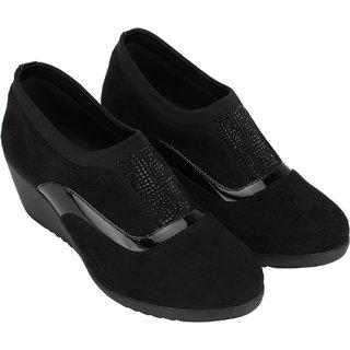 bf9ea2f09 Buy Catwalk Women Black Heels Online - Get 20% Off