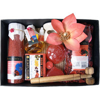 Soulflower Festive Romantic Rose Wedding Hamper Set