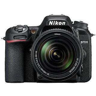 Nikon D7500 with AF-S VR NIKKOR 18-105mm VR lens Kit