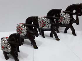 Wooden figure horse set of four