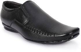 Jovelyn Black Slip On Formal Shoes For Men's  J053