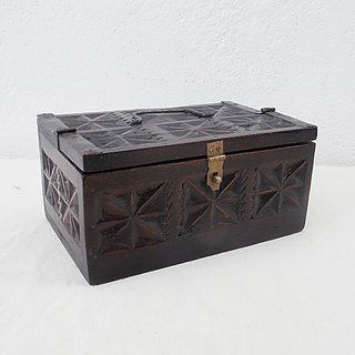Indune Carved Box