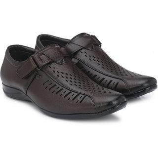LAYASA Men's Brown Velcro Sandals