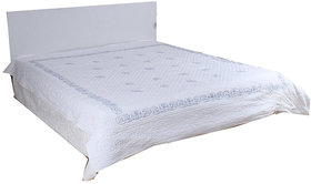 Kalakriti Premium Quilts White color in Standard Size