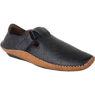 ShoeAdda Men Black Roman Sandals 949