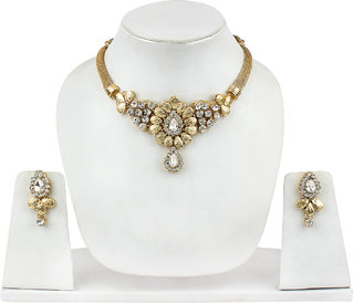 Fashion Jewels Exclusive Golden White Casual/Partywear/Dailywear/Wedding Pearl  Kundan Necklace Set For Girls/Woman