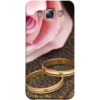 FUSON Designer Back Case Cover for Samsung Galaxy E7 (2015) :: Samsung Galaxy E7 Duos :: Samsung Galaxy E7 E7000 E7009 E700F E700F/Ds E700H E700H/Dd E700H/Ds E700M E700M/Ds  (Golden Rings On Pink Rose Petal With Pink Rose Flower )