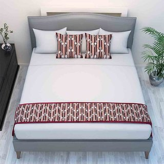 The Intellect Bazaar Chenille Printed Bed Runner With 2 Cushion Covers Maroon