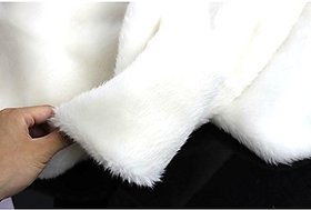 Fur Cloth White, Size 38 x 34 , 2 Cms Hair Length Used For Dresses, Soft Toys Making, Jackets Etc