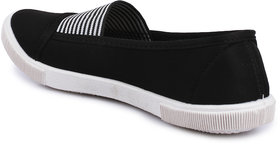 Do Bhai Women's Black Slip On Sneakers