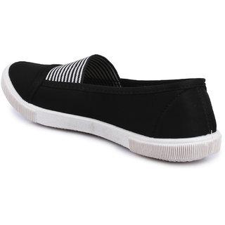 Do Bhai Women's Black Slip On Sneakers
