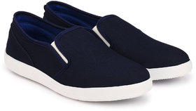 Groofer Men Blue Slip on Shoes