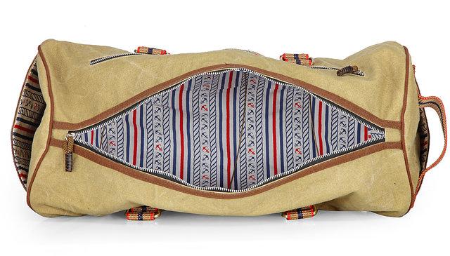 The House of Tara Vintage Travel/ Weekender/ Overniter/ Gym/ Duffle Bag  (Desert Storm) HTD 127