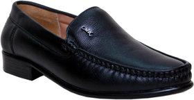 Woxer Men's Black Formal Slip On Shoe - 124003888