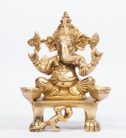 Arihant Craft Hindu God Ganesha Idol Ganpati Statue Sculpture Hand Craft Showpiece  14 cm (Brass, Gold)