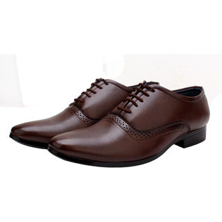 719b3c024f3c Buy Smoky Men s Brown Lace-up Derby Formal Shoes Online - Get 56% Off