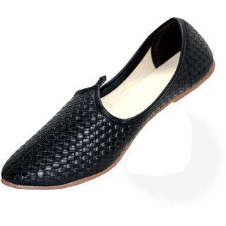eef2c841c43bed Buy Men s Classic leather Juttis Shoes Online - Get 25% Off