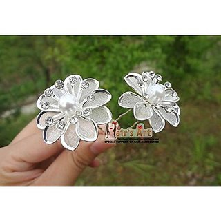 Homeoculture style bun or juda springs Hair Pin (silver flower)