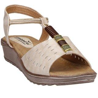 CatBird Women's Cream Sandals