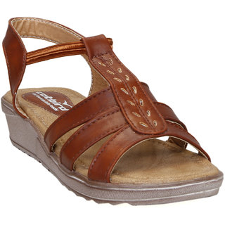 CatBird Women's Tan Sandals