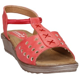 CatBird Women's Peach Sandals