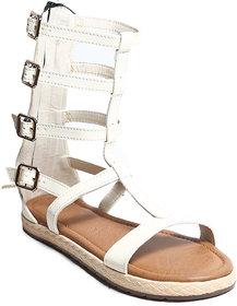 Amour World Women's White Flats - 134739643