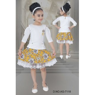 ebfe73906dd90e Buy Meia for girls white floral printed Skirt   Top set Online - Get ...