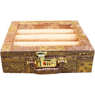 Pride Rolly to store cosmetics  bangles Vanity Box