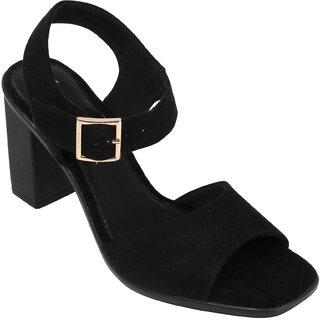 71dc49ee885 Buy Catwalk Women Black Sandals Online - Get 20% Off
